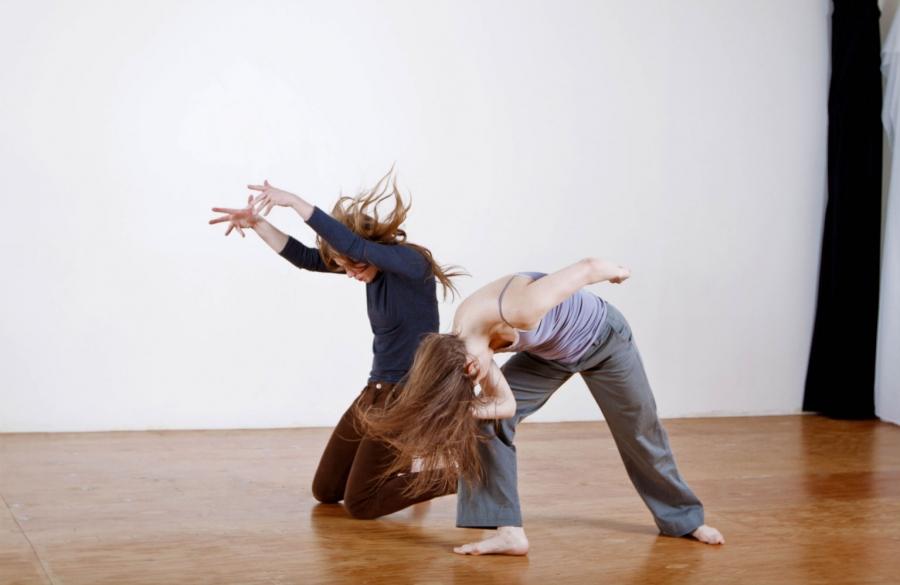 Ellen Furey, Alanna Kraaijeveld © Alejandro De Leon / Lost & Found media lab