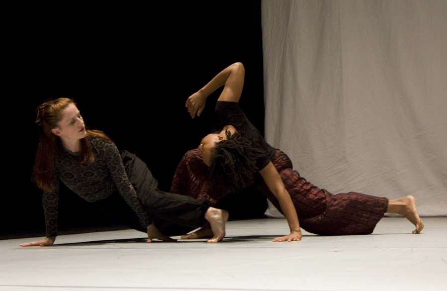 Helen Simoneau, Kristin Taylor © Steve Davis